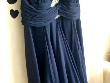 Ilmoitus: Uniikki Marchesa Notte mekko häätilaisuuteen tai iltapuvuksi