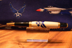 Selling: Air Force Pen