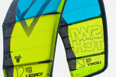 Hourly Rate: 12 and 9m Switch Kites Package