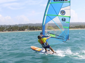 Excursion or Lesson: Windsurfing, Culture & Community in Cabarete