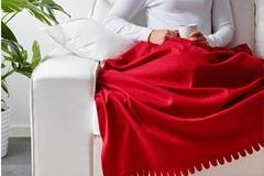 Myydään: Ikea blanket, red.