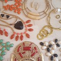 Sell: 105 PC JEWELRY LOT