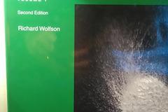 Myydään: Essential University Physics Volume 1. Wolfson 2e.