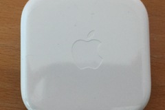 Myydään: Apple EarPods with 3.5mm jack -- New (Unopened)