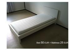 Myydään: Essential Furniture
