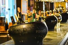 Rent per hour: Wine tasting on board