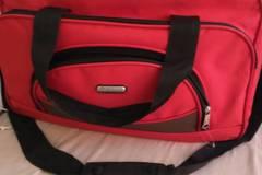 Myydään: Duffle Bag
