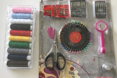 Myydään: Sewing Kit and Thread in different colours