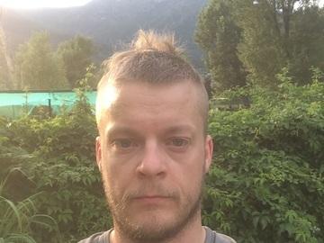Climbing partner : Looking for climbing patner near european championships