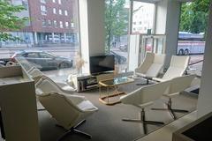 Renting out: Työpöytä arkkitehtitoimistossa