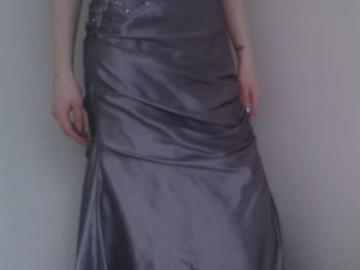 Ilmoitus: 36-38 kokoiselle sopiva, uudenveroinen puku!