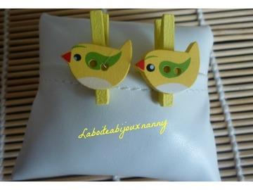 Sale retail: Mini pince à linge bouton petit oiseau bois jaune, lot de 2.