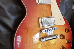 Renting out: 2013 Les Paul Standard