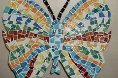 Vente au détail: Papillon réalisé en émaux debriare