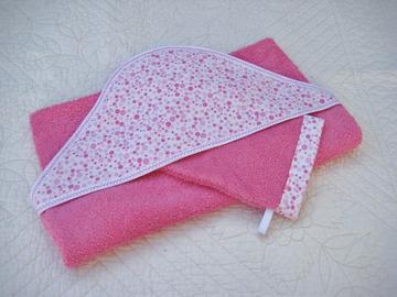 Sale retail: Cape de bain grande taille en éponge rose et coton