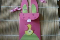 Vente au détail: Enveloppe de lapin de Pâques rose entièrement fait-main, fle
