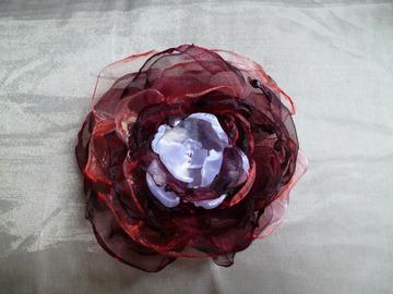"""Vente au détail: Broche fleur """"La Romantique"""""""