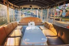 Rent per hour: Portland Electric Boat Company
