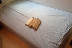 Annetaan: [reserved] Bed with wooden frame, 120x200cm