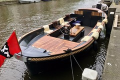 Rent per 2 hours: Sloop Naut - Luxury electric boat - up to 25 people