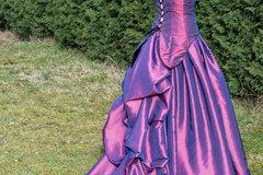 Vente au détail: Robe de mariée fuchsia