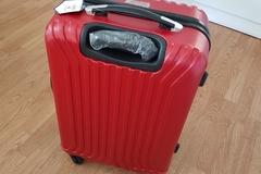 Myydään: Brand-new unused Medium size luggage