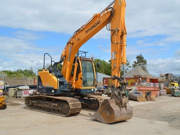 Daily Equipment Rental: Hyundai R145LCR-9A Tracked Excavator