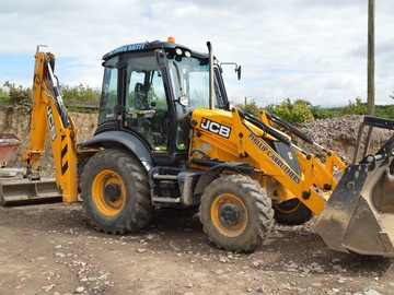 Daily Equipment Rental: JCB 3CX Eco Backhoe Excavator