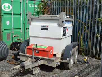 Daily Equipment Rental: Western Transcube 960 litre towable fuel bowser