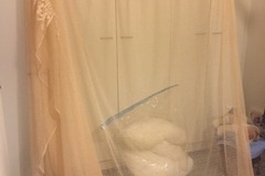 Selling: Curtain