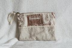 Vente au détail: Trousse vintage de 21x 15 cm