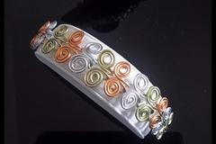 Vente au détail: Parure ailes de papillon (collier+bracelet)