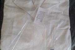 Myydään: Lab coat