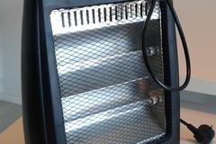 Myydään: electric heater