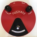 Renting out: Dallas Arbiter Fuzz Face by Dunlop