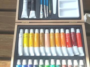 Sale retail: mallette de peinture artiste 32 pièces
