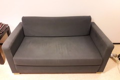Myydään: Sofa (can be turned into a bed)