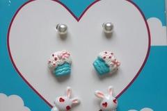 Vente au détail: boucles d'oreille tête de lapin