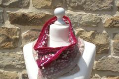 A vendre: Echarpe-col merinos en rose gradient filé main