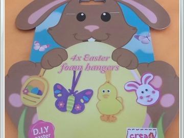 Sale retail: supports décoration pour pâques