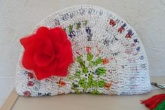 Vente au détail: Recyclé Sac à  main,pochette dragonne,broche fleur.