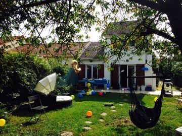 NOS JARDINS A LOUER: Grand jardin avec BBQ, hamac, jeux (25 km de Paris)