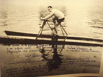 Vente: Photo dédicacée à Joséphine Baker - Hydrocycle 1927