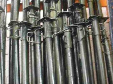En alquiler: PUNTALES METALICOS DE 3.50 MTS