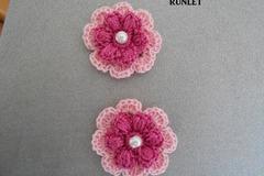 Vente au détail: fleurs en coton rose au crochet a attacher
