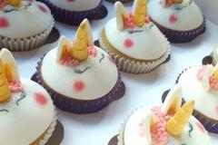 Vente de produit: Character cupcakes