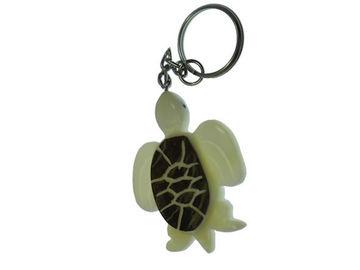 Sale retail: Porte clés tortue de mer écorce tagua