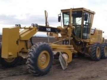 En alquiler: Motoniveladora  Cat 140 K