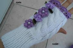 Vente au détail: mitaines femme  laine blanche dentelle ,cadeau noel