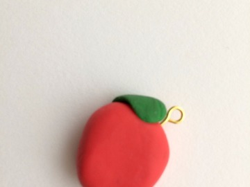 Sale retail: Pendentif Pomme